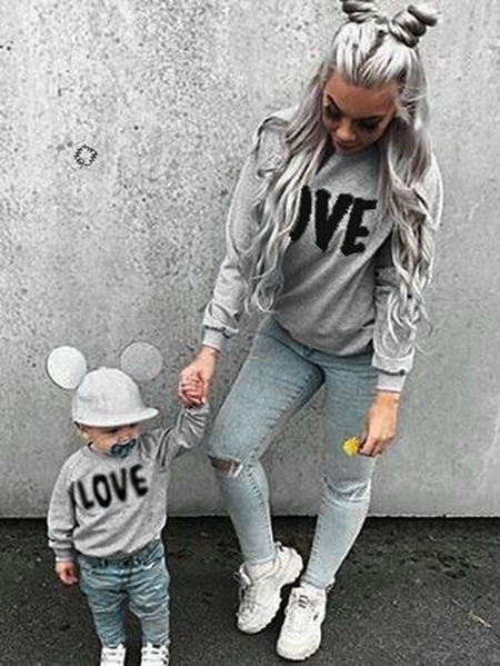 Momoy and Me Black Letter Print Raglan Sleeve Matching Sweatshirts in Grey